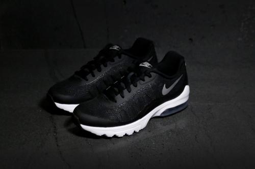 117 749866 001 Retro Nike Air Max Invigor Nike Running Shoes
